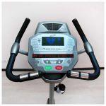 Профессиональный вертикальный велотренажер Spirit CU800